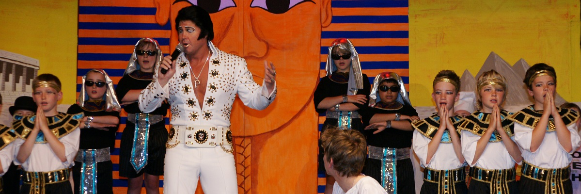 Barrow's Elvis fundraises for the Bayb's Maternity Appeal